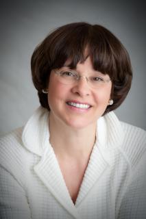 Phyllis Lippe