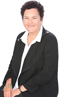 Linda Darer